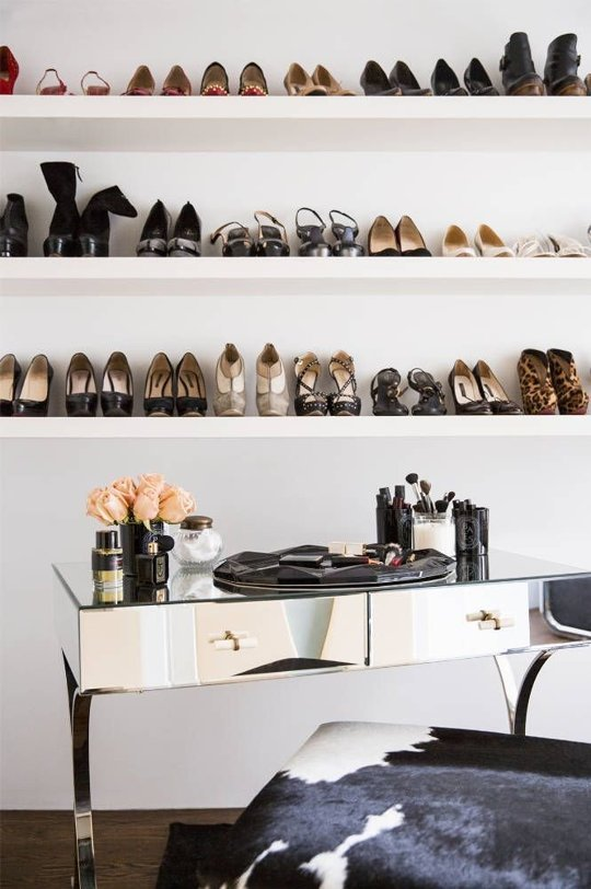 closet-org-shoes-shelves-via-apt therapy