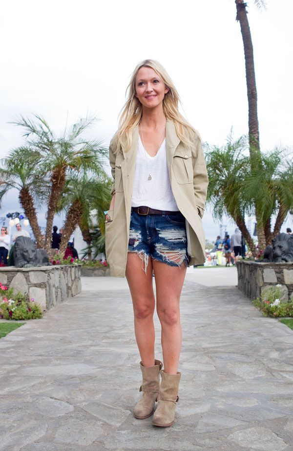 coachella-zanny-rossa-summer-booties-ankle-booties-moto-boots-cutoffs-and-blazers-summer-style-outfit-weekend-via-hbz
