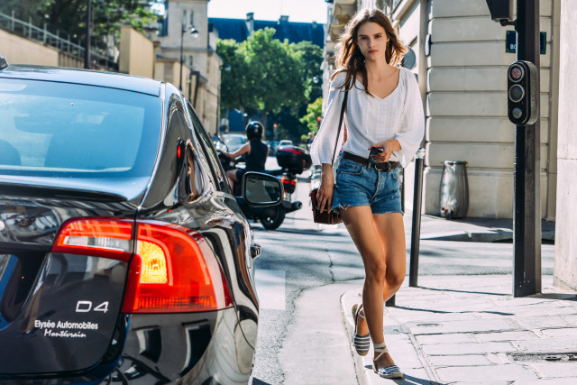 denim-cutoffs-white-peassant-blouse-sandals-fashion-couture-street-style-via-style.com.jpg
