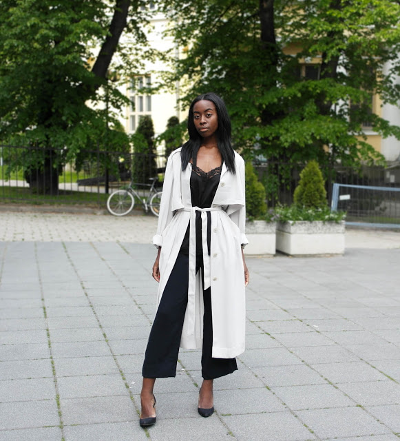 duster coat, black trouser pants, black and white, summer work outfit, spring work outfit