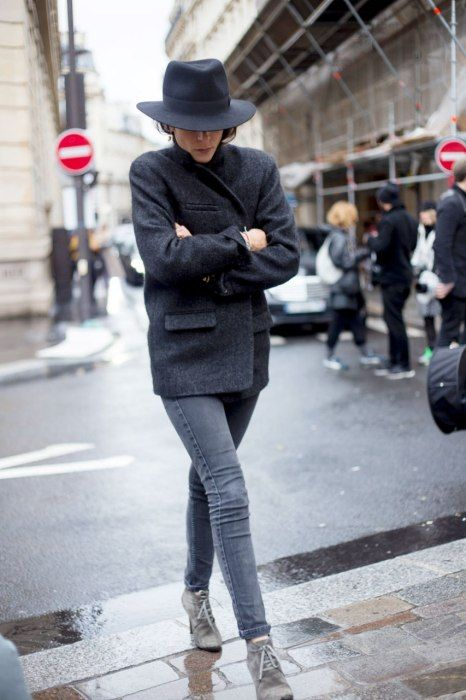 groutfits, grey outfits, monochromatic, all gray, gray outfits, french style, french-voguettes.tumblr.com