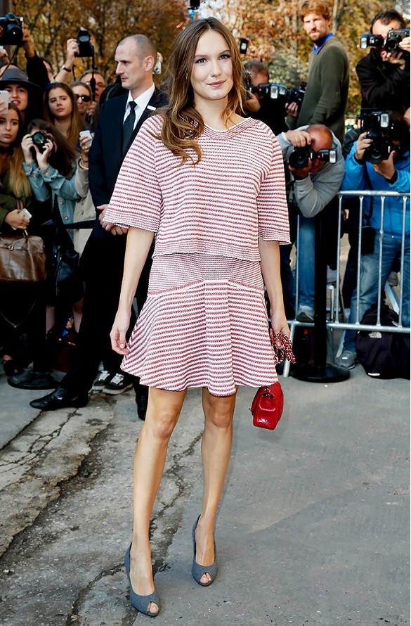french-style-stripes-matching-skirt-set-summer-style-spring-gray-pumps-red-via-www