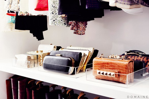 -jamie-king-closet-via-domaine-clutches-org-purse-organization