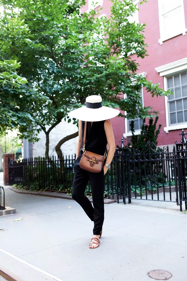 jumpsuit-hat-summer-outfit-jetsetter-vaca-night-out-hamptons-via-atlantic-pacific