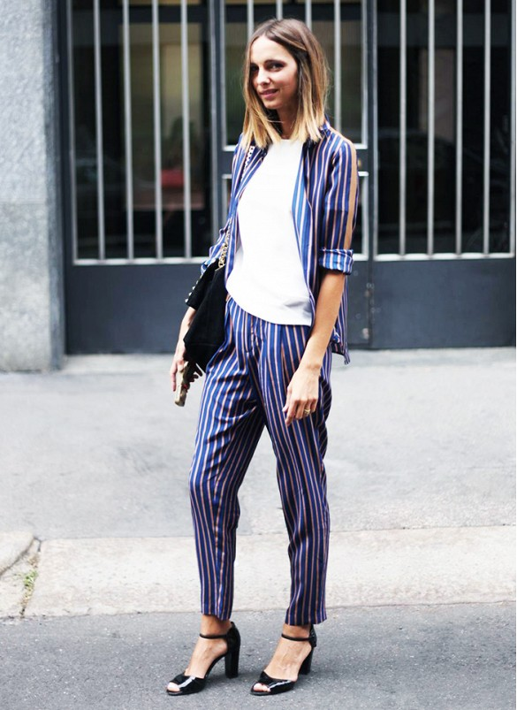 printed-striped-suit-pants-suit-striped-printed-pants-summer-work-outfit-stacked-heel-via-jou jou villeroy