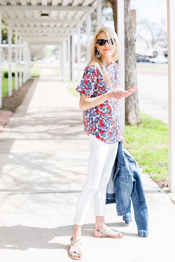 red-white-and-blue-fourth-of-july-outfit-white-jeans-denim-jacket-summer-night-out-bbq-via-luellandjune