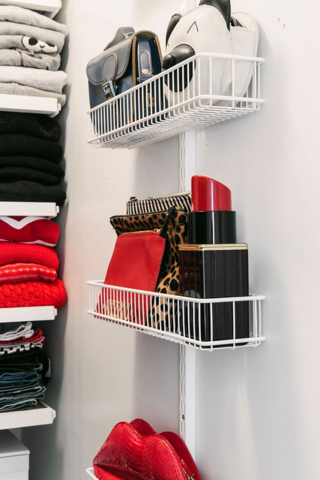 storage-purse-org-shelves-via-closet-organization