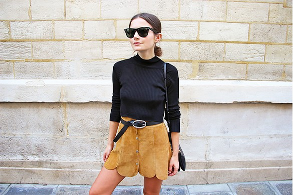 turtlenecks and skirts, suede-scalopped-mini-skirt-turtleneck-belted-sunglasses-summer-suede-via