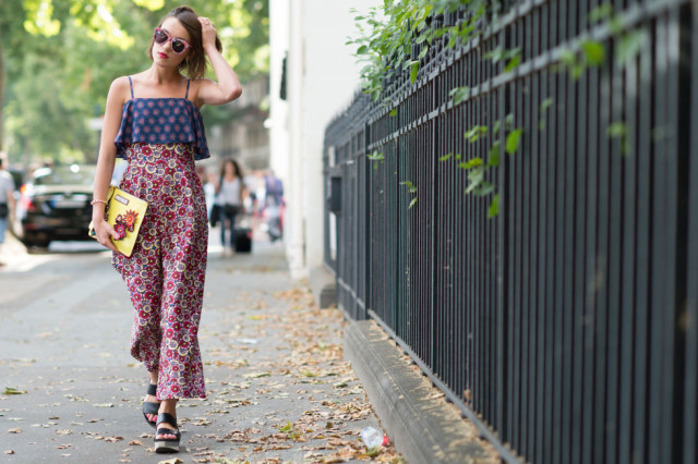 summer-style-mixed-prints-printed-pants-sandals-wedges-sunglasses-paris-couture-street-style-via-tyler-joe-elle.com