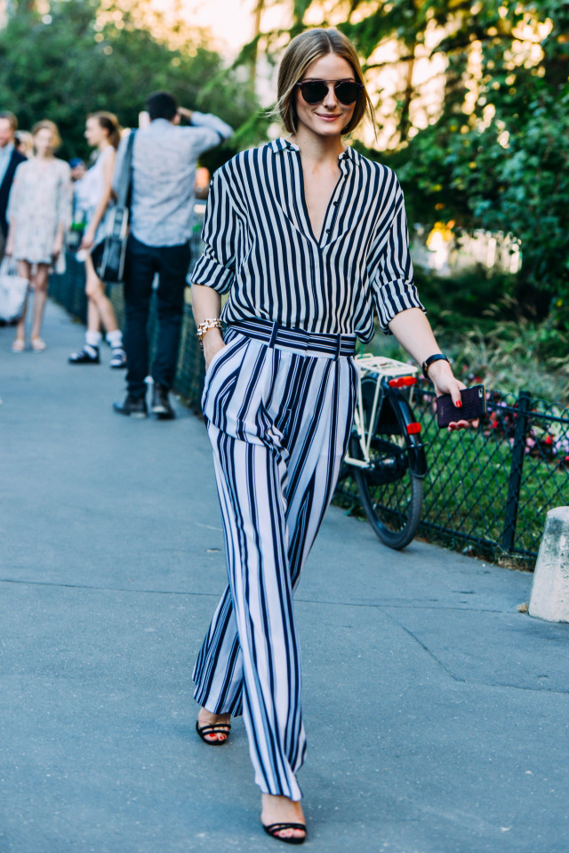 summer-work-outfit-stripes-on-stripes-printed-pants-summer-work-outfit-fashion-couture-street-style-via-style.com.jpg