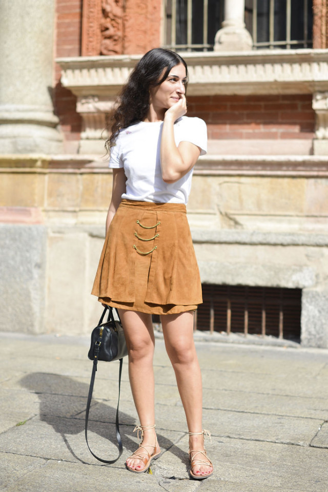 summer-work-outfit-white-tee-suede-skirt-summer-suede-gladiator-sandals-via-getty