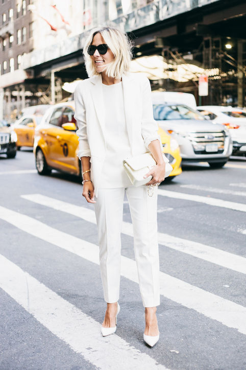 white-summer-work-outfit-all-white-white-trousers-blazer-all-white-via-damsel in dior