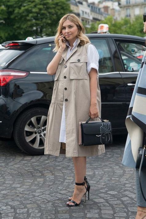trench , sleeveless vest, white shirtdress, classic, summer work outfit