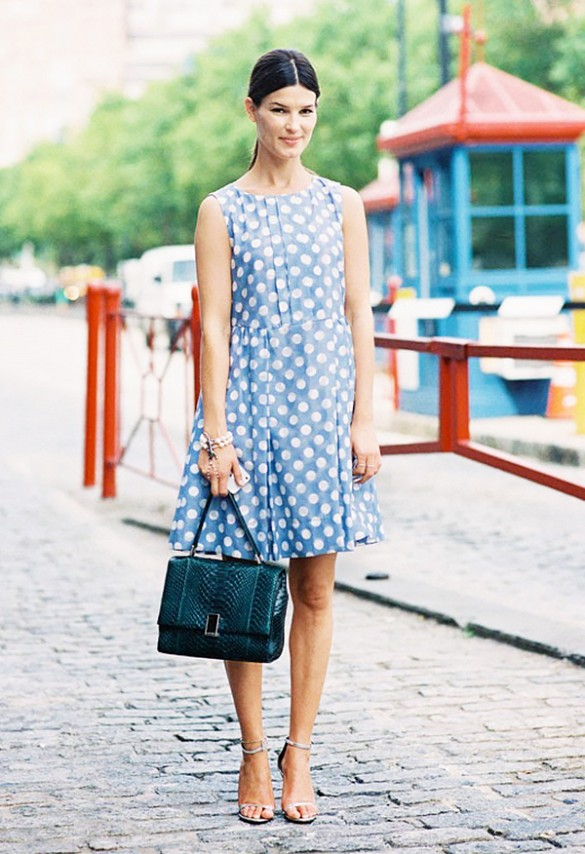 denim-polka-dot-dres-hammeli-summer-party-night-out-work-via-vanessa jackman
