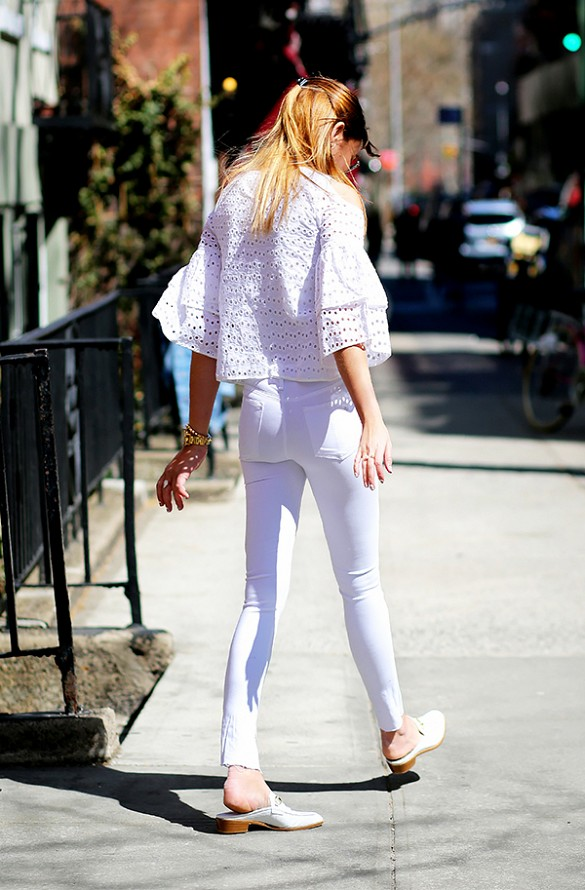 white-jeans-eyelet-ruffle-crop-top-blouse-all-white-summer-going-out-night-out-outfit-white-slides-mules-via-