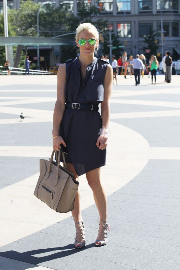 work-outfit-shirt-dress-belt-belted-summer-work-outfit-cuff-lucite-mirrored-aviator-sunglasses-via-luellajune