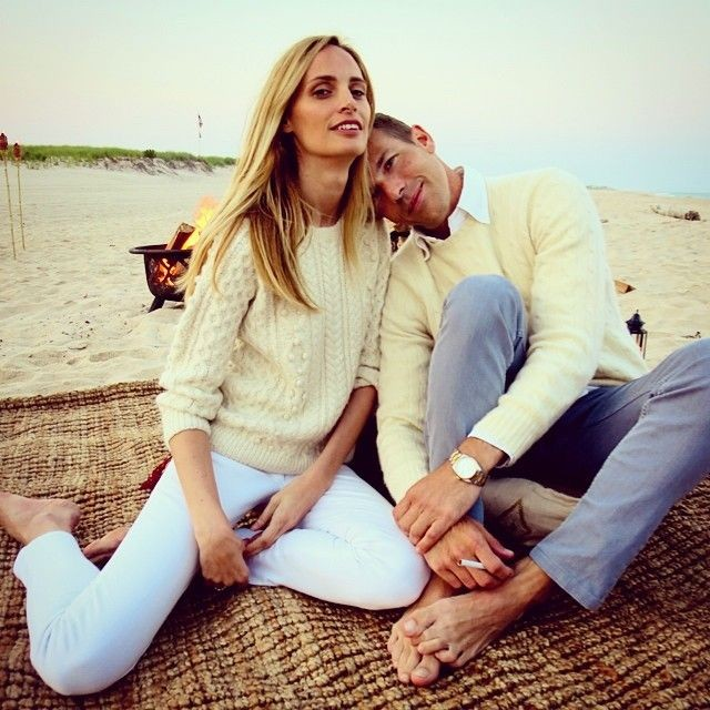 white jeans, fisherman sweater, all white, beach hamptons summer weekend, lauren santa domingo, nantucket, beach party bonfire