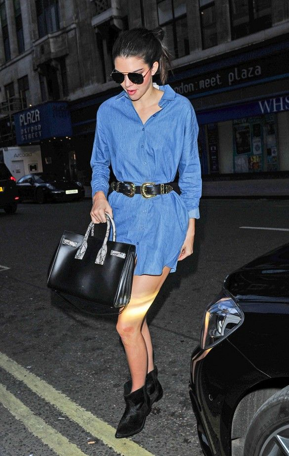 denim shirtdress, shirt dress, western belt, model off duty style, fall outfit, kendall jenner, who what wear