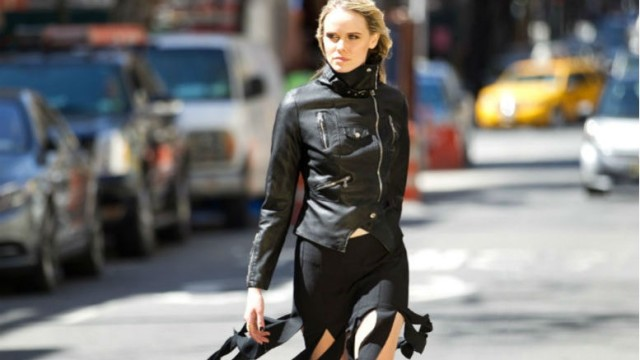 carwash pleat skirt, pleats, black moto jacket, all black, fall outfit, street style