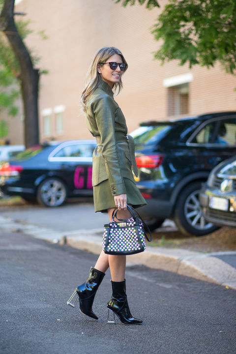 army green-belted jacket-leather belted jacket-army green skirt-green suit-fall colors-dior boots lucite clear block heel mod boots-laydlike top handle bag-milan fashion week street style-via hbz