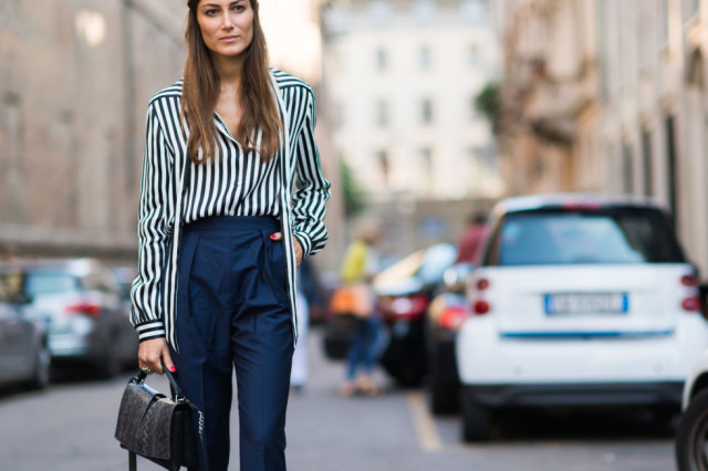bold stripes high neck pants-tie neck blouse-fall work outfit-vmilan fashion week elle-navy and black
