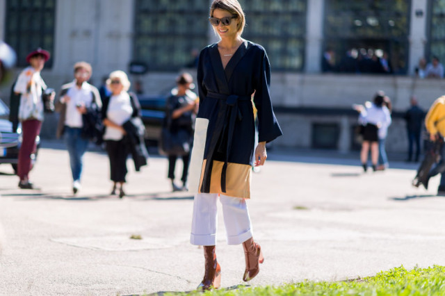 dress over pants-rolled white jeans-rolled jeans-belted jacket-chunky lace up heels-milan fashion week street style-via elle.com