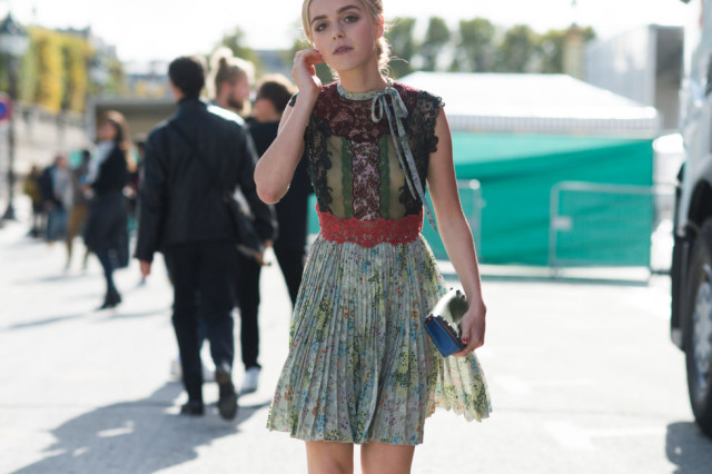 fall dresses lace patchwork prints pleats fall dress boho moody romantic kiernan shipka -paris fashion week street style fall fashion elle