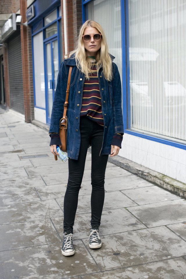 fall stripes-black skinies-converse-ssuded jacket-fall jackets-70s boho-dree hemingway-lfw-fall fashion-london fashion week street style-via-popsugar