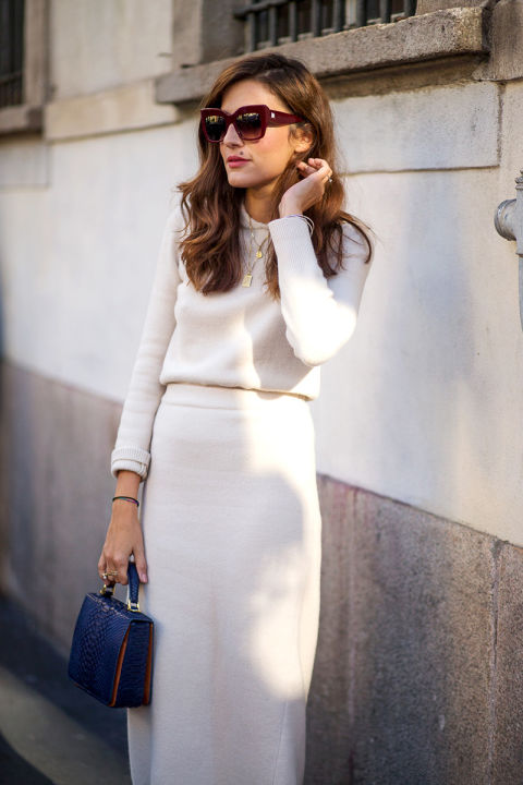 fall work outfit-all white-white pencil skirt turtleneck sweater-ivory-greiege-layered pendants-laydlike bag-milan fashion week street style-via hbz