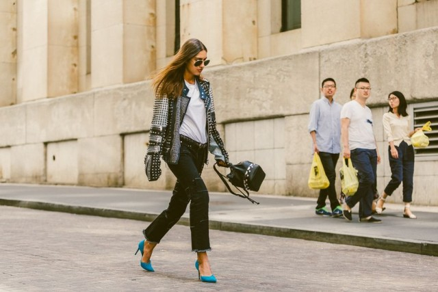 fray hemline frayed denim-white tees-black jeans-all black-black and white-pop of color-blue pumps-bucket-bag-studded leather jacket-nyfw-fall outfits-via-racked