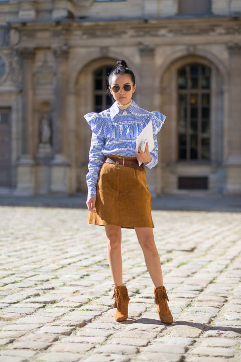 paris fashion week street style suede skirt belted ruffle victorian shirt chloe shirt 70s boho