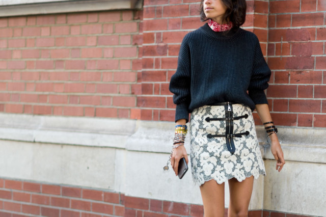sweaters and skirts, fall winter outfit, lace scalloped skirt-zipper front-arm party-navy-sweater-collar-fall outfit-lfw street style-elle.com