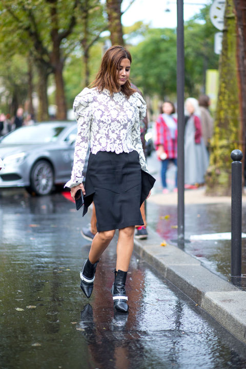 lace victorian lace top pencil skirt black and whtie mod booties ankle booties skirts and booties christine centenera hbz-street-style-paris-fashion week pfw-fall fashion