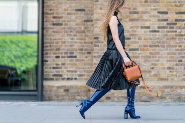 mod boot-patent leather boots-pleats-lfw street style-elle.com-turtleneck under dress-evenning to day dressing-sleeveless turtleneck-night to day dressing