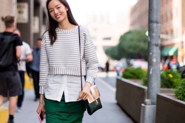 nyfw-fall outfits-via-elle.com-emerald green-fall work outfits-crop top-white oxford shirt