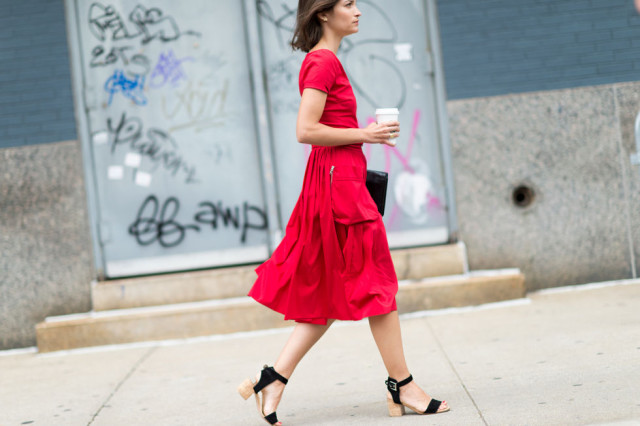 nyfw-fall outfits-via-elle.com-maria duenas-pockets-red dress-block heel sandal- day to night dressing night to day dressing-fall outfits-fall work outfit-transitional dressing