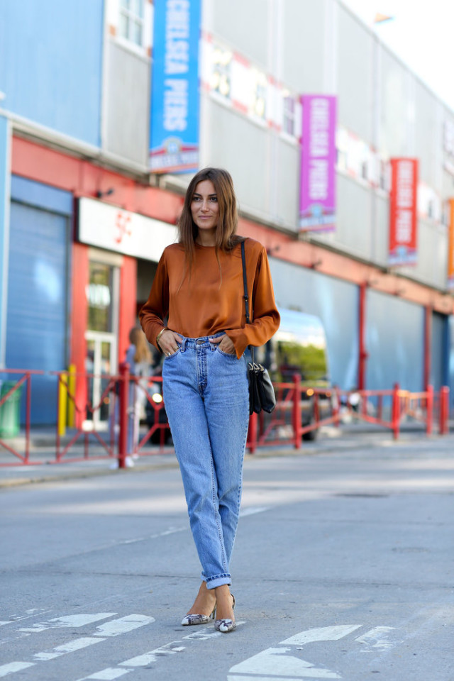 nyfw-high waisted mom jeans-gold orange top blouse-snakeskin pumps-heels made outfit-fall outfit-work out date night party-via popsugar