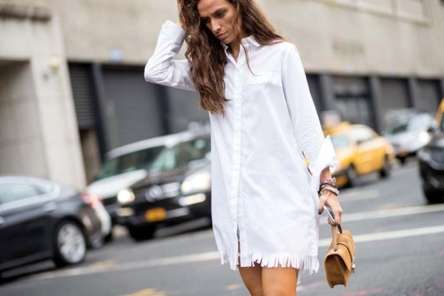 nyfw-white shirtdress-fringe-nyfw-via-the styleograph-white after labor day -transitional dressing fall work outfit