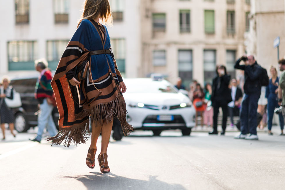 poncho-fringe-fall colorblocking-belted-tan fall jackets-milan fashion week elle