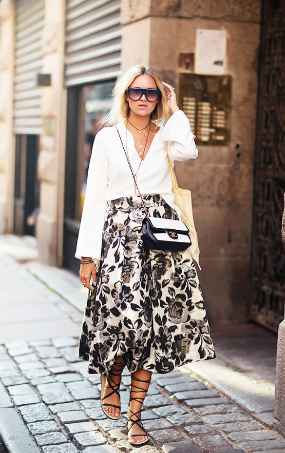 summer to fall black floral print midi skirt ladylike midi skirt oversied white oxford gladiator sandals sightseeing via sss