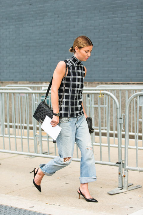 windowpane prints-fall work outfit-boyfriend jeans-slingback pumps-black and white-mockneck-funnel neck-sleeveless turtleneck-summer to fall dressing-nyfw-cosmo