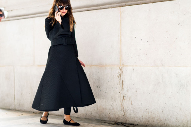 black maxi skirt in winter