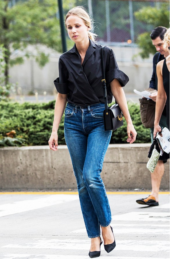 elin king mom jeans high waisted cropped jeans black pumps black wrap button down blouse simple classic via a love is blind
