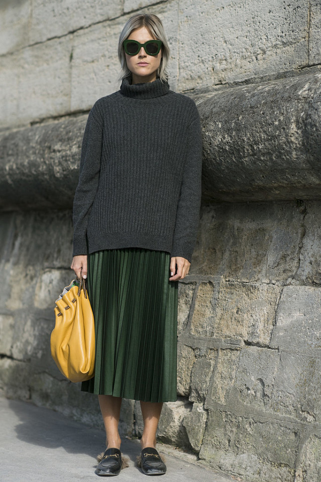 winter outfits, pleated emerald green midi skirt, gucci fur loafers