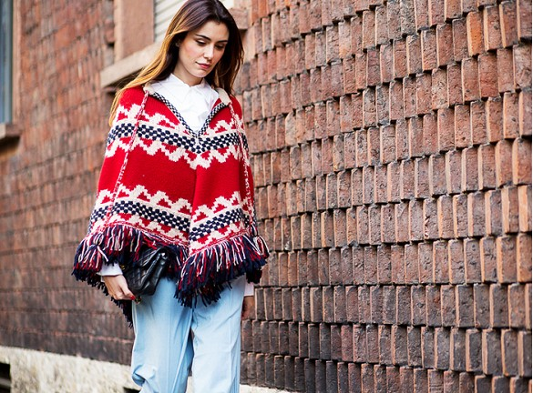 fall boho trend poncho fringe boho prints-via the urban spotter