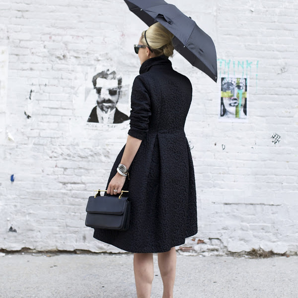 fall rain outfit ladylike black coat fall coat umbrella atlantic-pacific