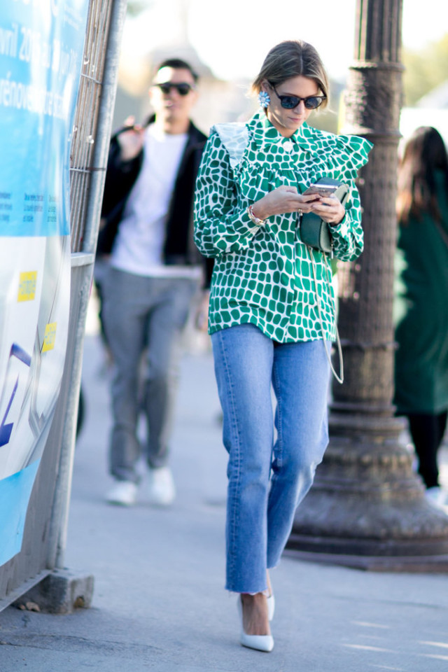 green frayed cropped denim white pumps ruffle neck blouse victorian blouse helena bordon borden Paris-Fashion-Week-Day-1