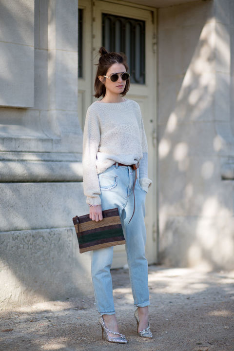 hbz paris fashion week street style mom jeans