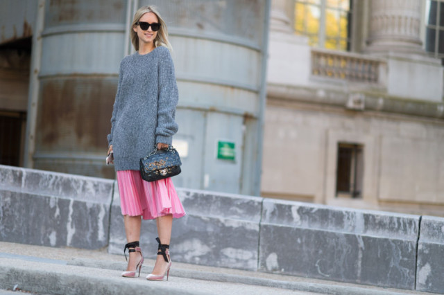 winter outfits, oversized wool sweater, pleated pink midi dress, lace up heels