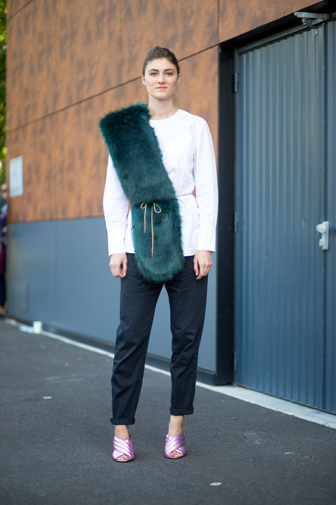 paris fashion week emerald black and white trousers emerald greeen colored green fur stole